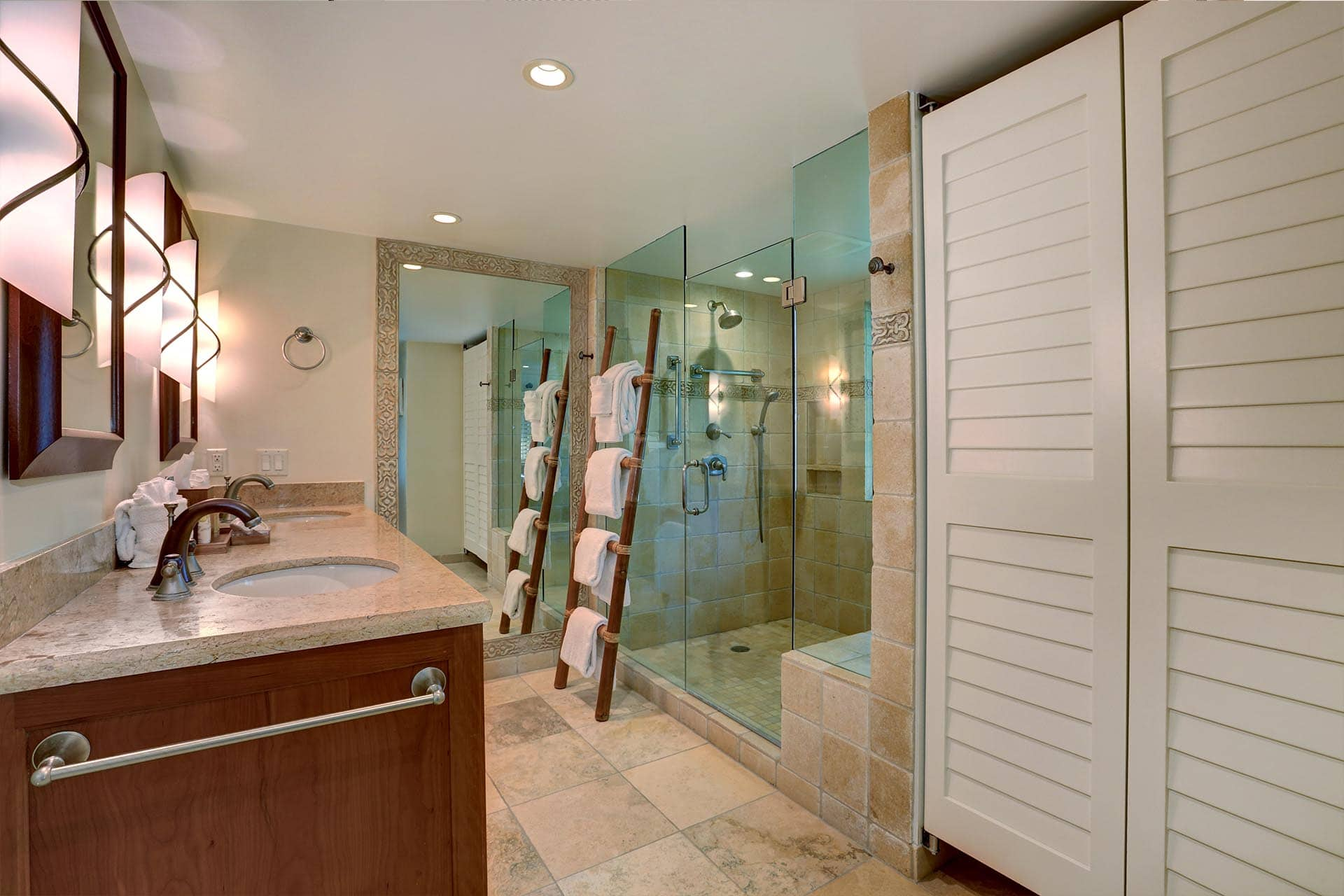 Makena Surf E206 Master Bathroom