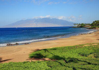 Makena Surf beach