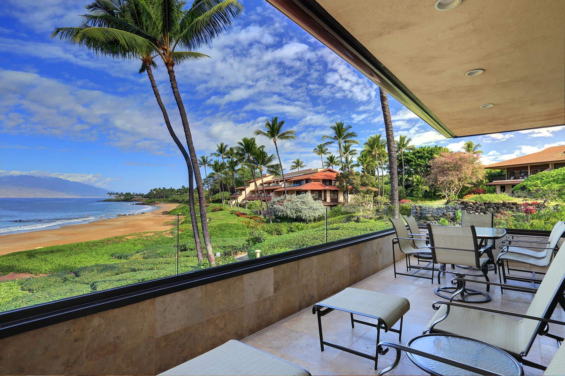 Makena Surf E206 Lanai beach view