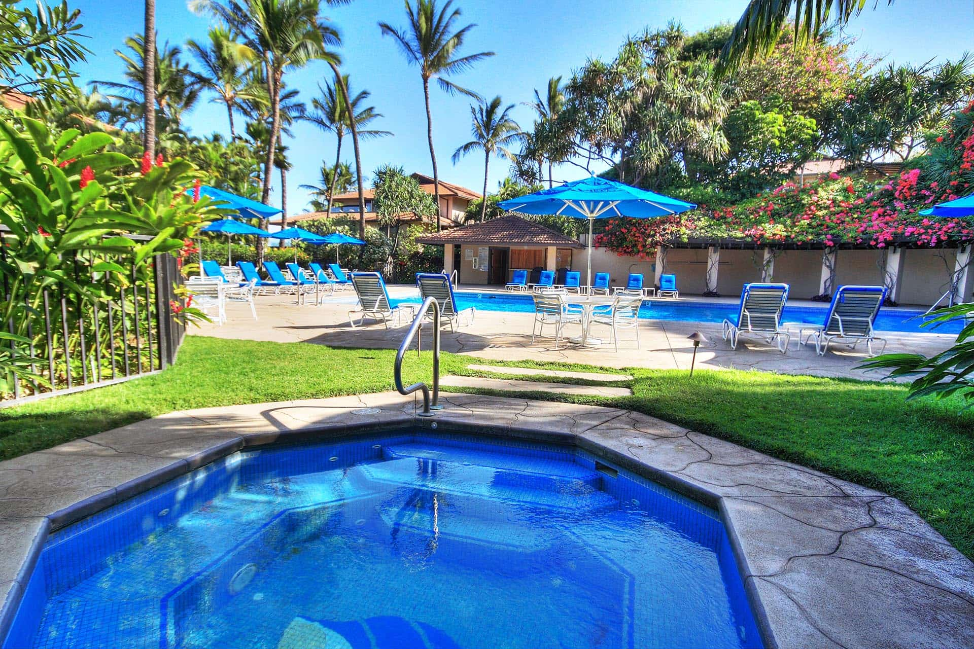 Makena Surf Main Pool Jacuzzi